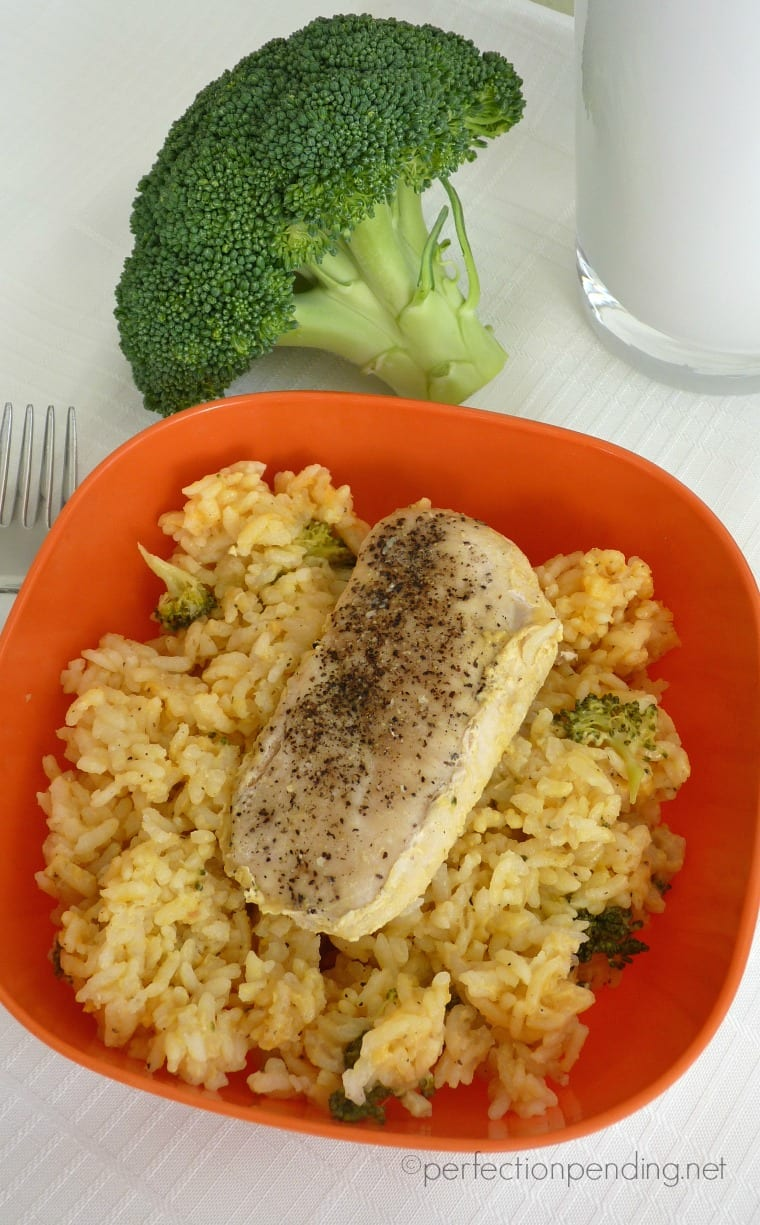 One Dish Chicken Broccoli & Cheese Rice