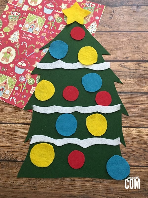 25 easy christmas crafts for kids perfection pending for Easy christmas felt crafts
